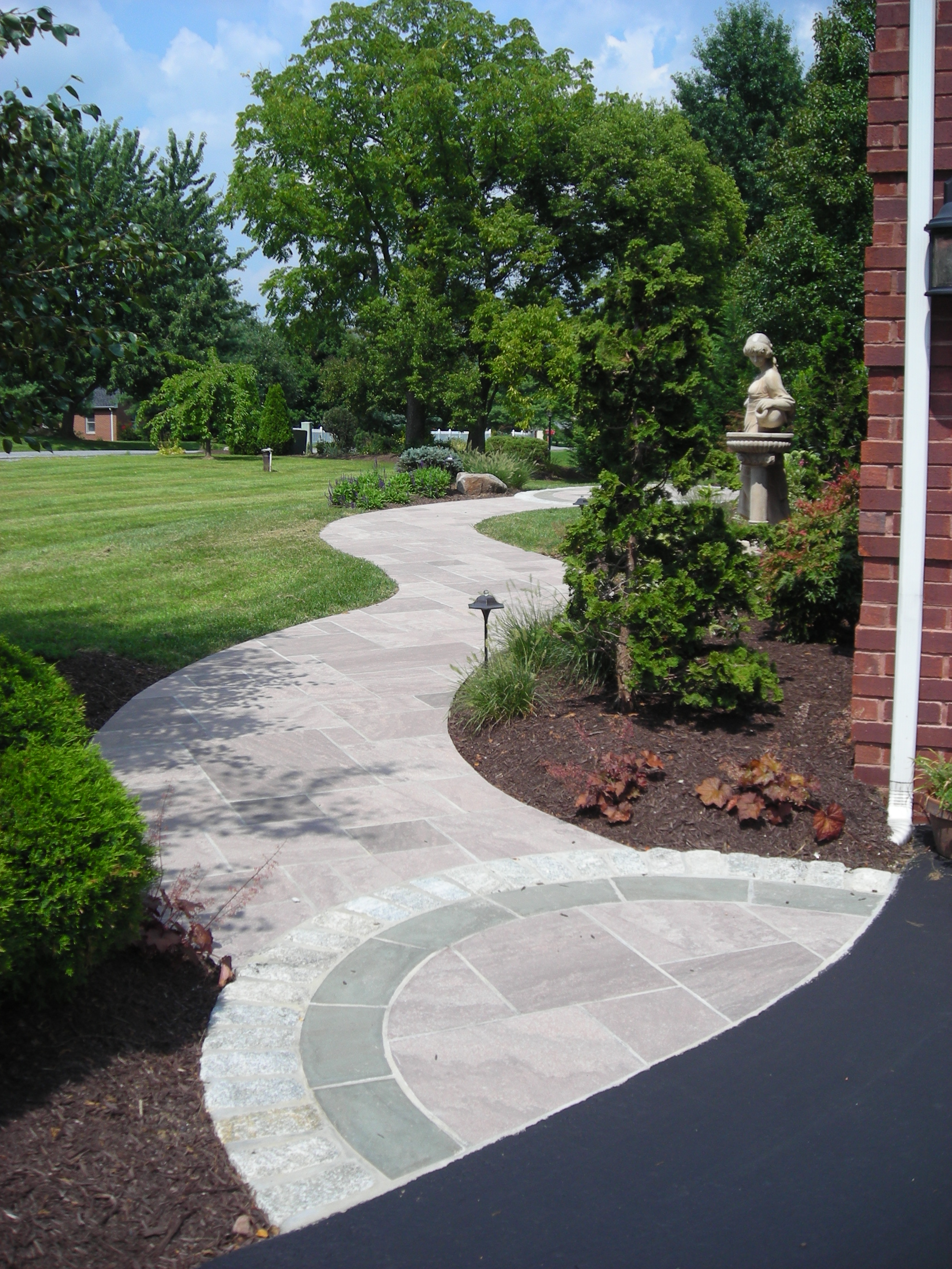 Curvilinear Front Walkway