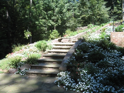 Using stone stairs as a natural element