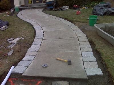 Stone paver walkway