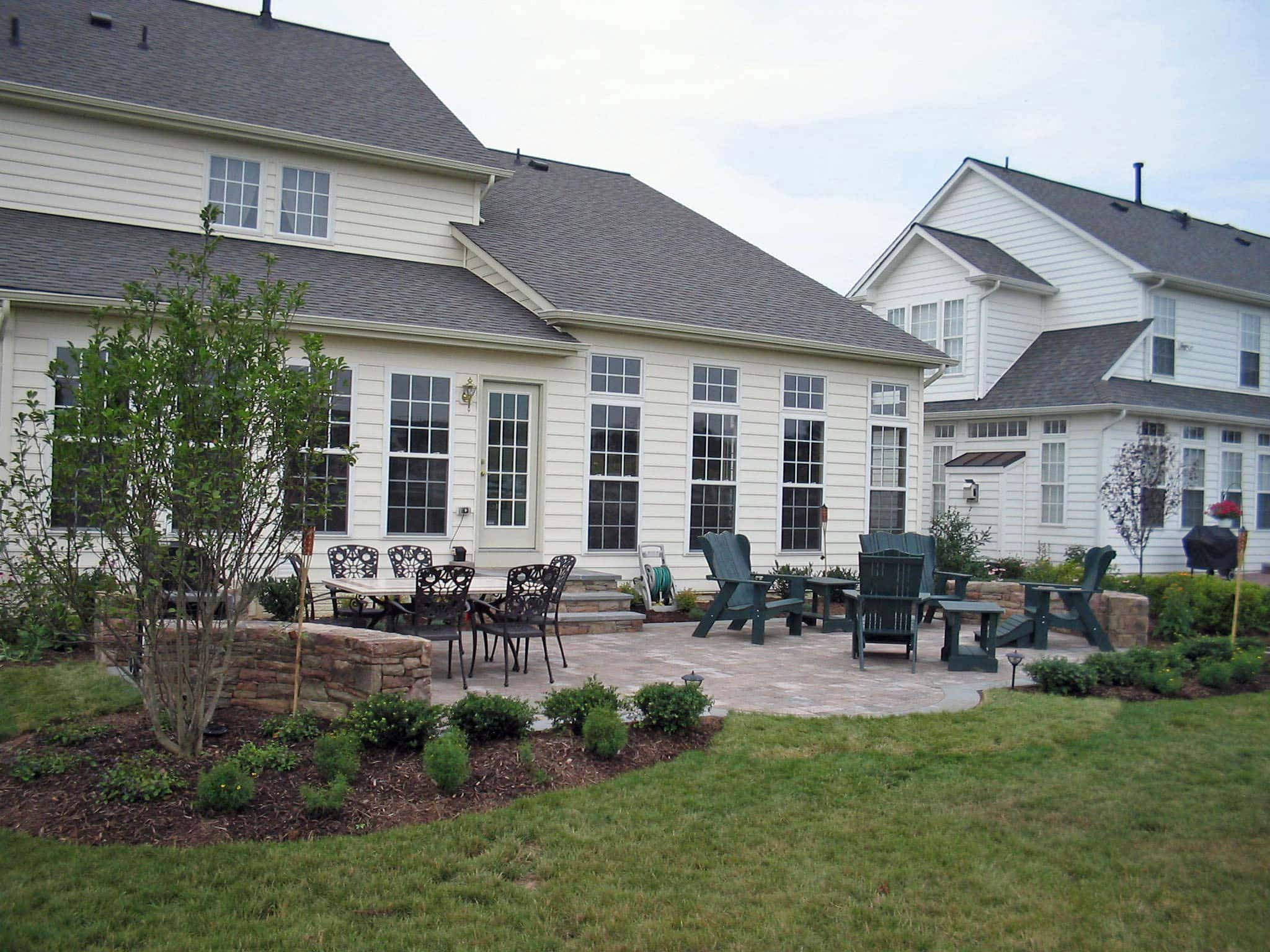 Paver Patio and Stone Sitting Wall