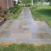 32 Flagstone Landing with Border