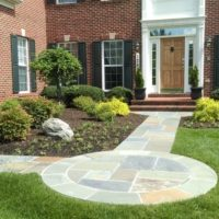 409 Flagstone Front Entry with Circular Landing