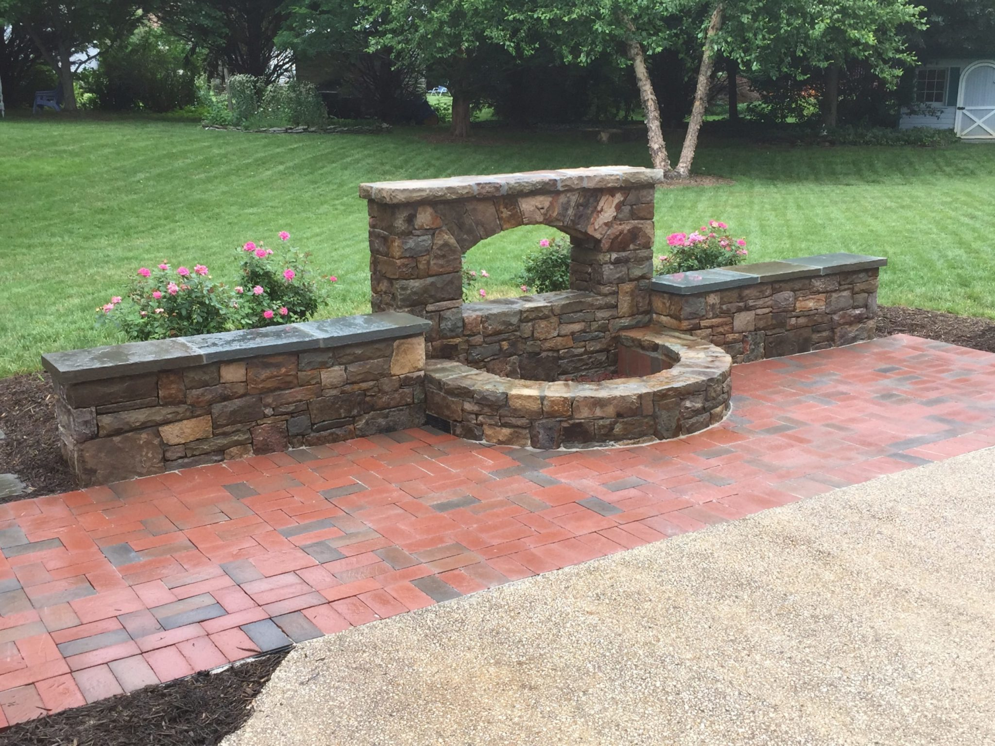 429 Stone Accent Wall with Firepit