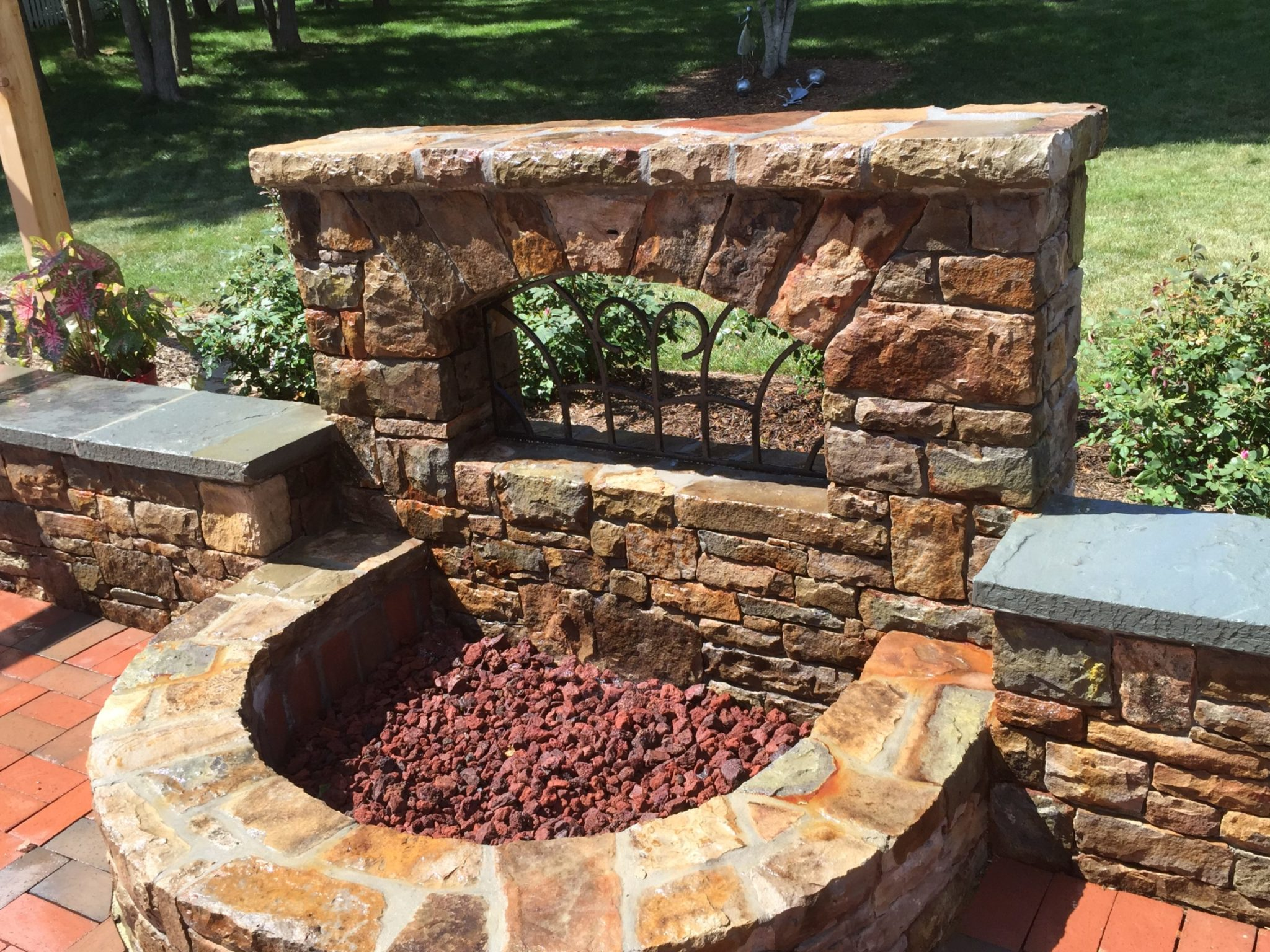 430 Stone Accent Wall with Firepit