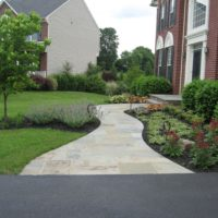 469 Wide Flagstone Walkway from Driveway