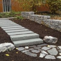 472 Stepping Stone Walkway in PA Thermal Flagstones