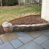 545 Retaining Stone Garden Wall with Boulder