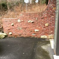 616 Wavy Brick Retaining Wall with Boulder Insets