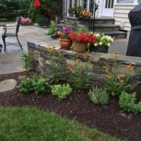 620 Chocolate Gray Stone Garden Wall