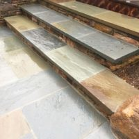 661 Stone Steps with PA Beige Stone Risers and Flagstone Treads