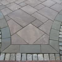 Cobble and Flagstone Walkway
