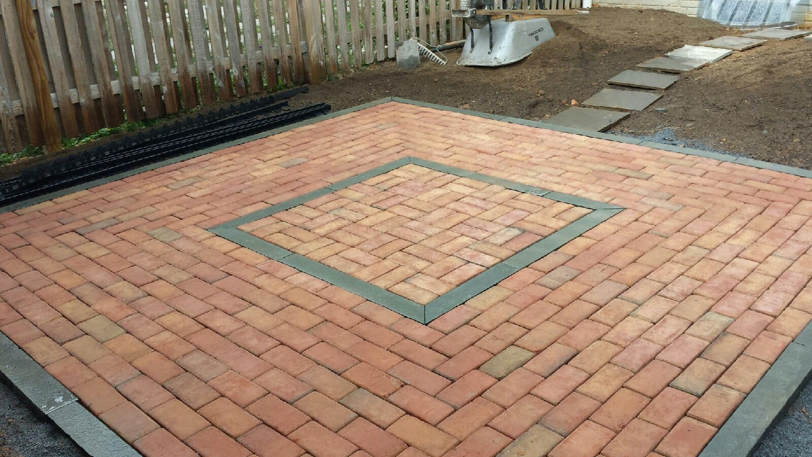 Brick Patio with Flagstone Details